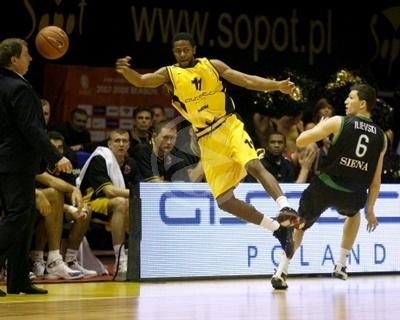 Mustafa Shakur