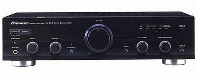  Pioneer A-109 amplificatore